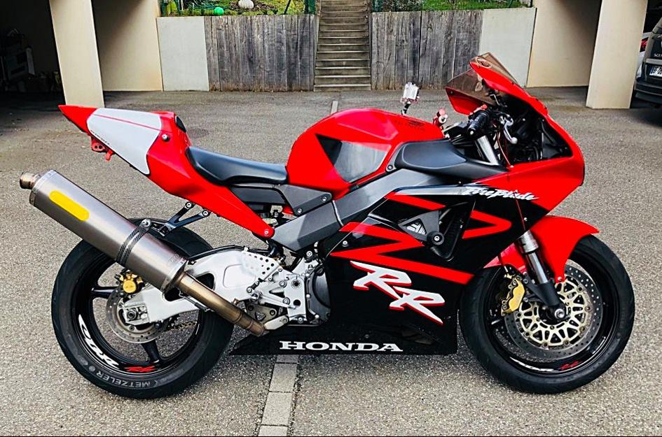 Durite aviation moto Honda : pourquoi et comment l'installer ?